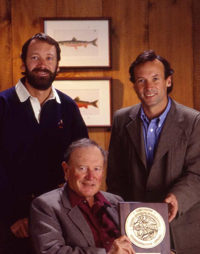 Leigh mit seinen Söhnen Dave (links) und Perk